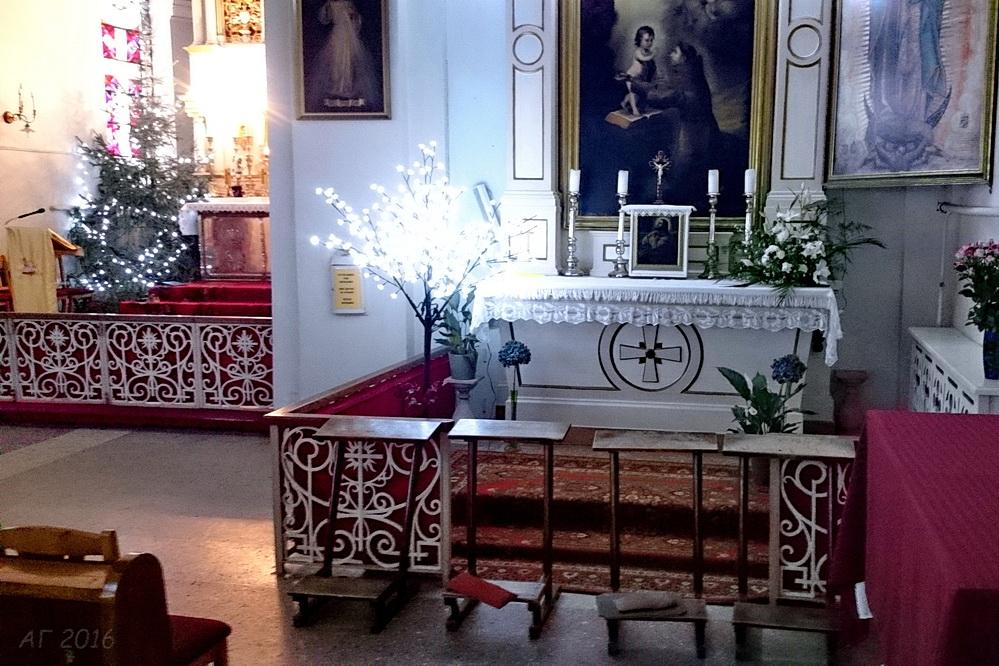 Рождестнвенское убранство католиченского костела,  Рига, 01.01.2016