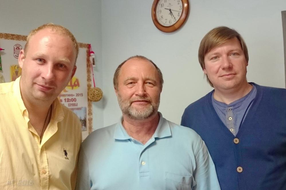 Роман Шиженский, Андрей Резунков, Алексей Гайдуков после интервью, 25.08.2016