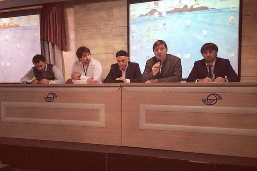 АГ в гост Охтинская 28.11.2015