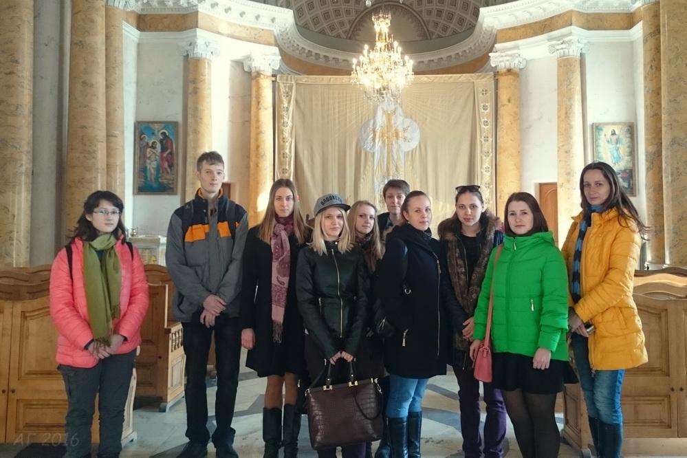 студенты РГПУ в храме св. Екатерины Армянской Апостольской церкви, 06.04.2016