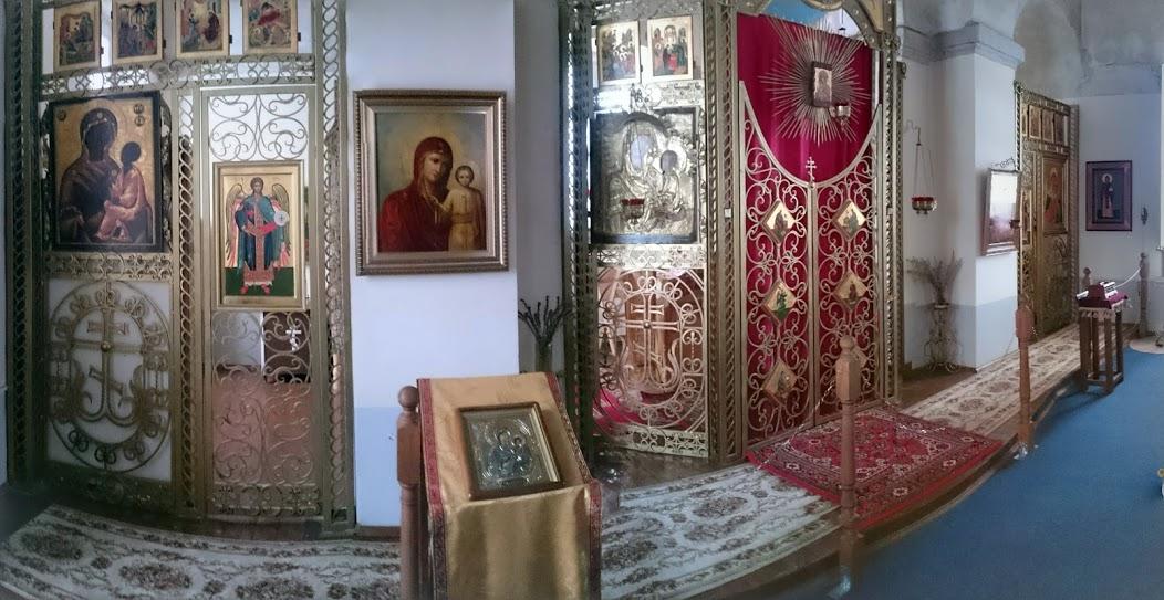 Алтарб надвратной церкви Тихвинского  Введенского женского монастыря, 25.11.2016