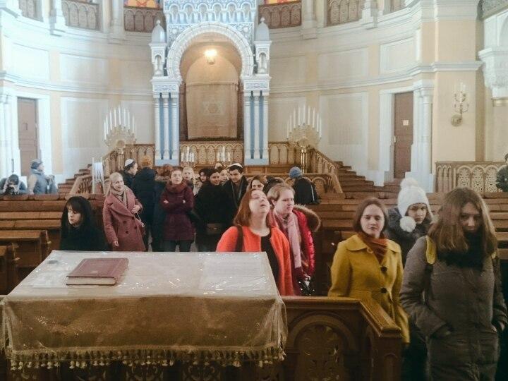Студенты РГПУ им. А.И. Герцена на экскурсии в Синагоге, 19.04.2017