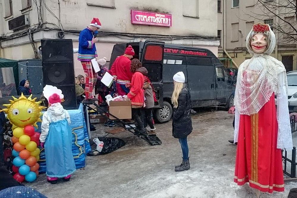 Масленица в понедельник в Петербурге, 20.02.2017