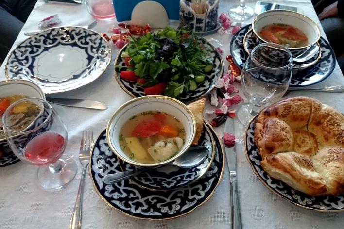 Торжественный обед, организованный Муфтием Равилем хазратом Панчеевым, Курбан байрам, Петербург, 14.09.2016