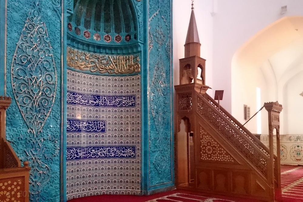 Михраб и минбар, Соборная мечеть Петербурга, 19.04.2016