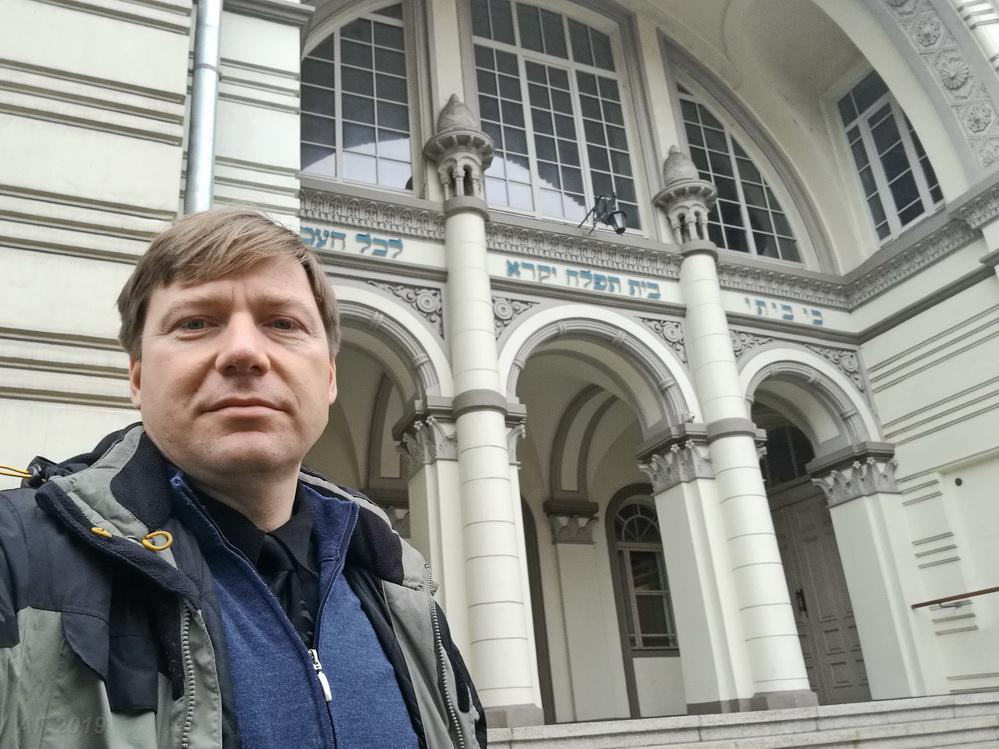А.В. Гайдуков у Хоральной синагоги Вильнюса, 29.09.2019