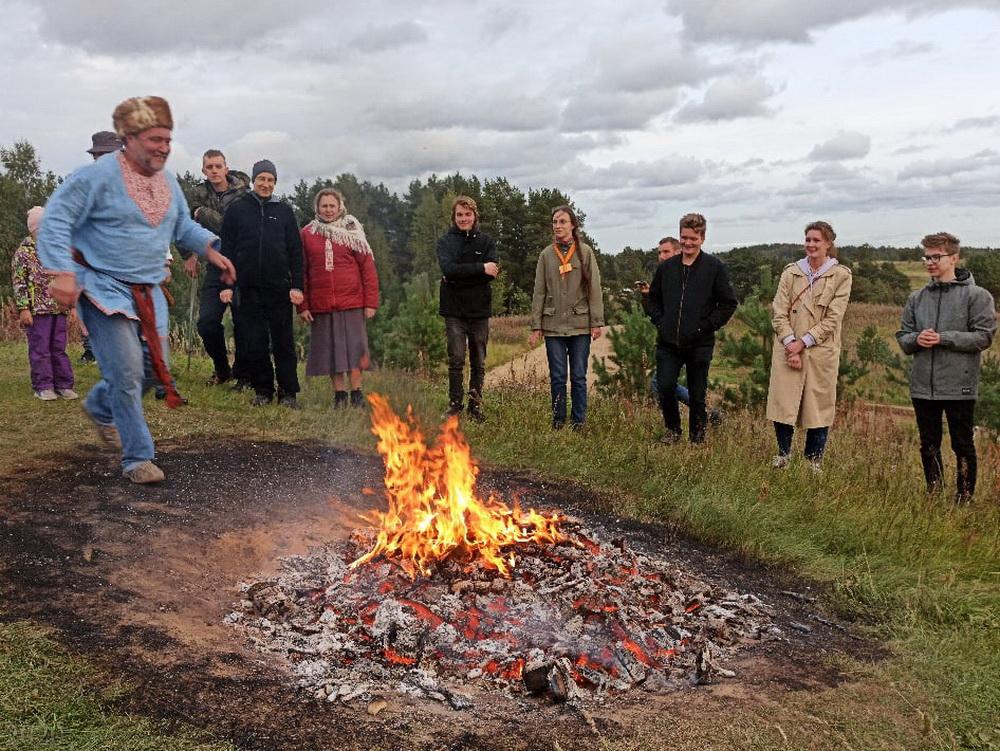Фото из ВК: Народные гуляния Славянский спас, 20.09.2020