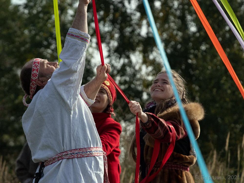 Народные гуляния «Славянский Спас», Суоранда, Ленинградская область, 19.09.2021 (фото В. Бардиной)